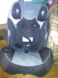 Like New Convertible CarSeat