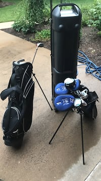 black and blue golf bag with golf clubs Alexandria, 22304