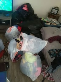 All these bags of clothes/shoes Riverbank, 95367