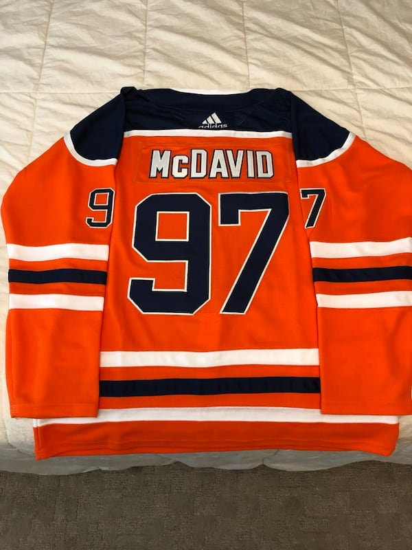Hockey jersey (NEW) 50$$ obo  0