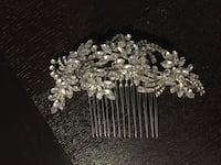 Silver hairpiece with crystals  Richmond Hill, L4B 4T4