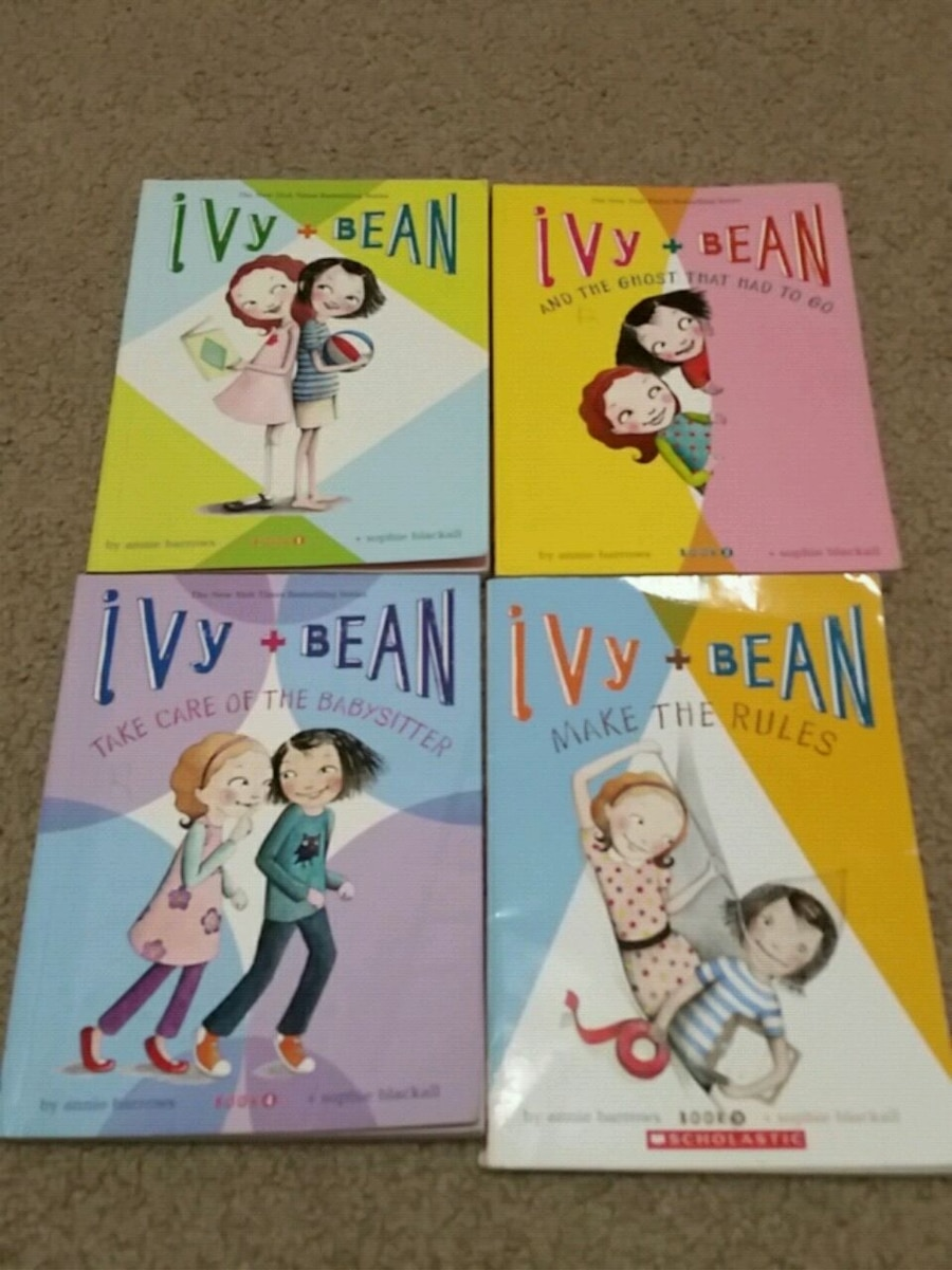 Photo Ivy and Bean Books