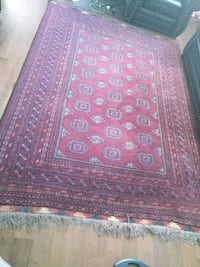 red and brown area rug Oshawa, L1K 2L8