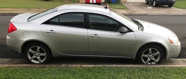 08 Pontiac G6 Clean Perfect Interior Just Small Dent On Drivers Side Door And Front