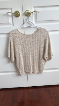 women's white knitted sweater Toronto, M3M 1L8