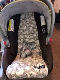 Graco Click Connect Car Seat & Base Fayetteville, 28304