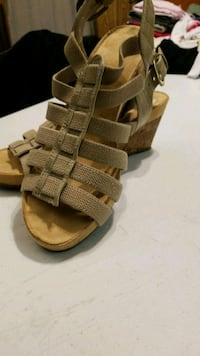 pair of brown leather sandals Memphis, 38115