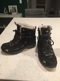 The North Face women's hiking winter boots size 10 Calgary, T2K 0Z1