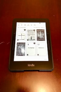 Amazon Kindle Voyage Wi-Fi, no ads, plus extras Portland, 97202