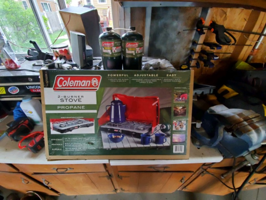 Photo Coleman Propane Camping Stove