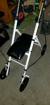 white and black inversion table Kentwood, 49548