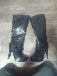 Brand New guess boots