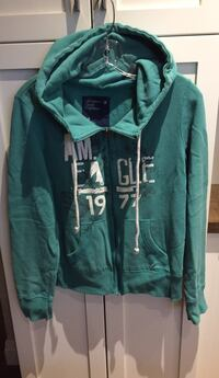American Eagle hooded zip-up sweater size L London, N6B