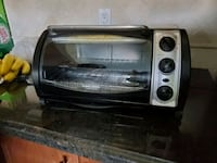Used as new Black & Decker toaster oven Richmond Hill, L4B 2Z5