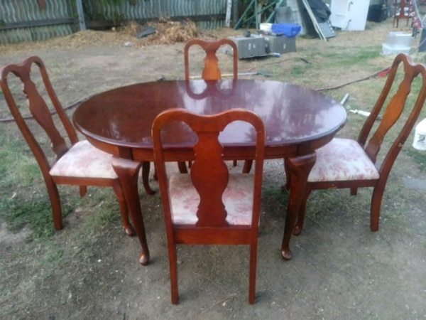 Cherry wood dinning table & chairs