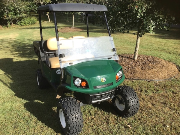 "Ez Go / Cushman Hauler 1200 "" GAS POWERED"" GOLF CART"