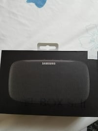 hello i sell new samsung bluetoth speaker