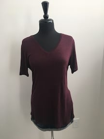 Brand new burgundy shirt size M