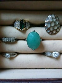 silver and green gemstone ring Ashford, 36312