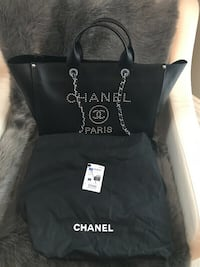 Brand New 2018 Chanel Deauville Black Leather Tote Bag Purse Puslinch, N1H