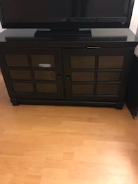 Black Crate and Barrel TV Stand Los Angeles, 90025