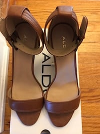 Aldo leather wedges shoes size 7.5 like new I used one but too high for me Toronto