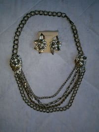 Gold necklace and earing set Rancho Cucamonga, 91730