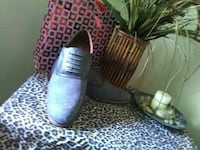 Pair of gray leather dress shoe I size 11 San Francisco