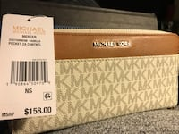 Brown michael kors leather wallet Upper Marlboro, 20772
