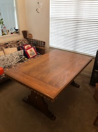 Wooden dining table Valrico, 33594