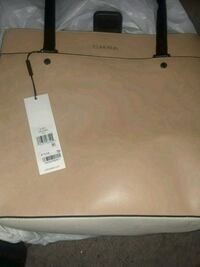Brand Calvin Klein Purse looking for a new home!!! Omaha, 68111
