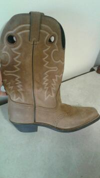 Masterson Boot Co Womens boots size 8/9