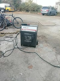 black welding machine