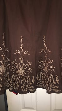 Tahari all embroidered w/gold.Size 10 Boca Raton, 33486