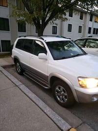 Se vende un Toyota Highlander 2004 Germantown