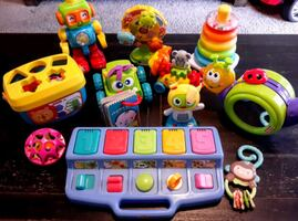 Lot of 12 Baby/Toddler Toys