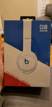 Beats solo 3 wiresless headphones club collection