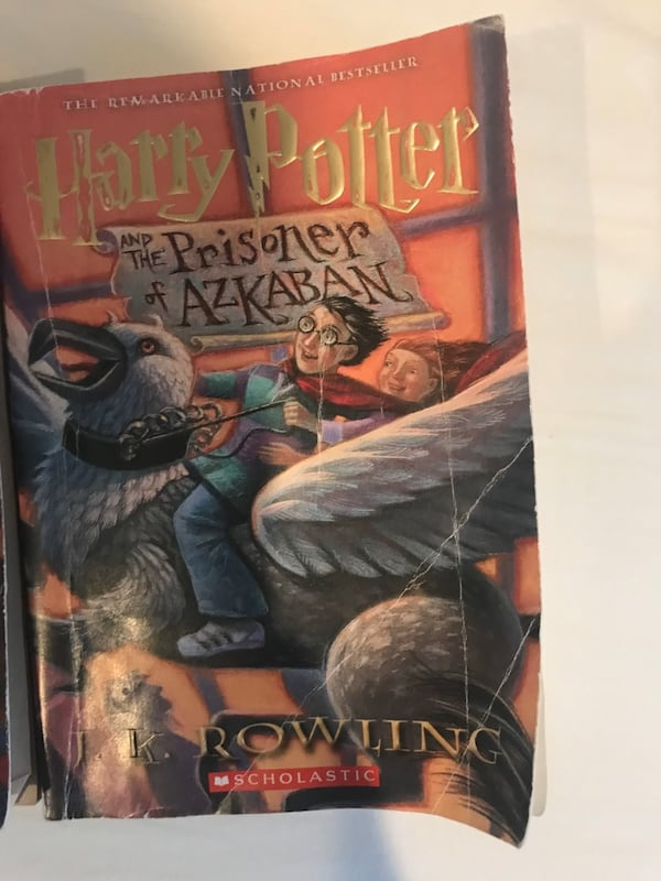 HARRY POTTER 2 BOOK VALUE PACK 4a488646-7e24-45ee-bd38-1dcb80b22b8d