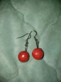 pair of red-and-silver hook earrings Miami, 33155