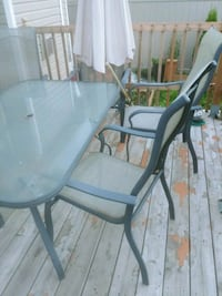 black and brown patio table set Ottawa, K2J