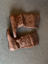 Genuine leather Steve Madden boots London, N5Y 5G9