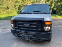 Ford - E-Series - 2009 Alabaster