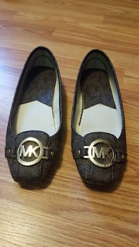 Brown Monogram Michael Kors leather flats Dartmouth, B2W
