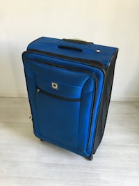 Lightweight Delsey Suitcase with 4 Wheels BARCELONA