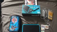 2 ds xl new! Whit new official charger and 3 games everything in box very new Toronto, M6N