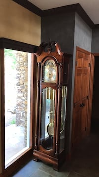 Howard Miller Grandfather Clock Ooltewah, 37363