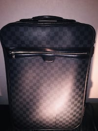"""50% OFF !!"""" LOUIS•VUITTON""""••  THIS IS Every Travelers MUST HAVE !!"""