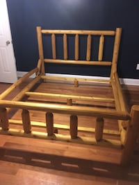 Queen size log bed Winchester, 22603