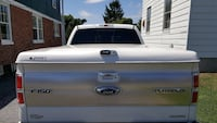 Pearl white hard bed COVER for a F-150 Hagerstown