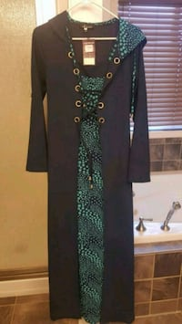 women's black and green long sleeve dress Chestermere, T1X 1S5